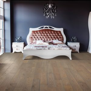 Hardwood flooring | Warnike Carpet & Tile
