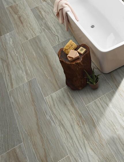 Tile in bathroom | Warnike Carpet & Tile