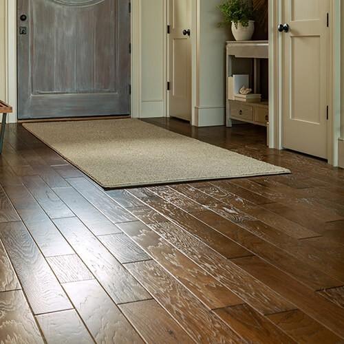 Hardwood flooring | Warnike Carpet & Tile
